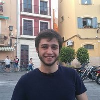 Experienced Spanish teacher with experience from Madrid. Lessons are taught in French and English.