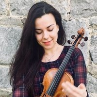 Professional Violinist giving private courses in Violin and Solfège - for all ages!