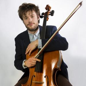 loris milano cours de violoncelle milan violoncelliste finalis l 39 acad mie teatro alla. Black Bedroom Furniture Sets. Home Design Ideas