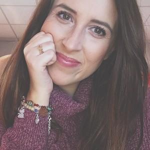 Marie - Nice, : Jeune femme de 25 ans licenciée en lettres ...